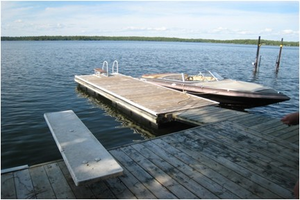 floating dock off diving platform