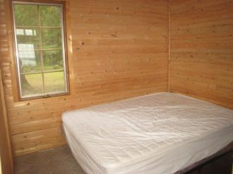new cabin bedroom 1